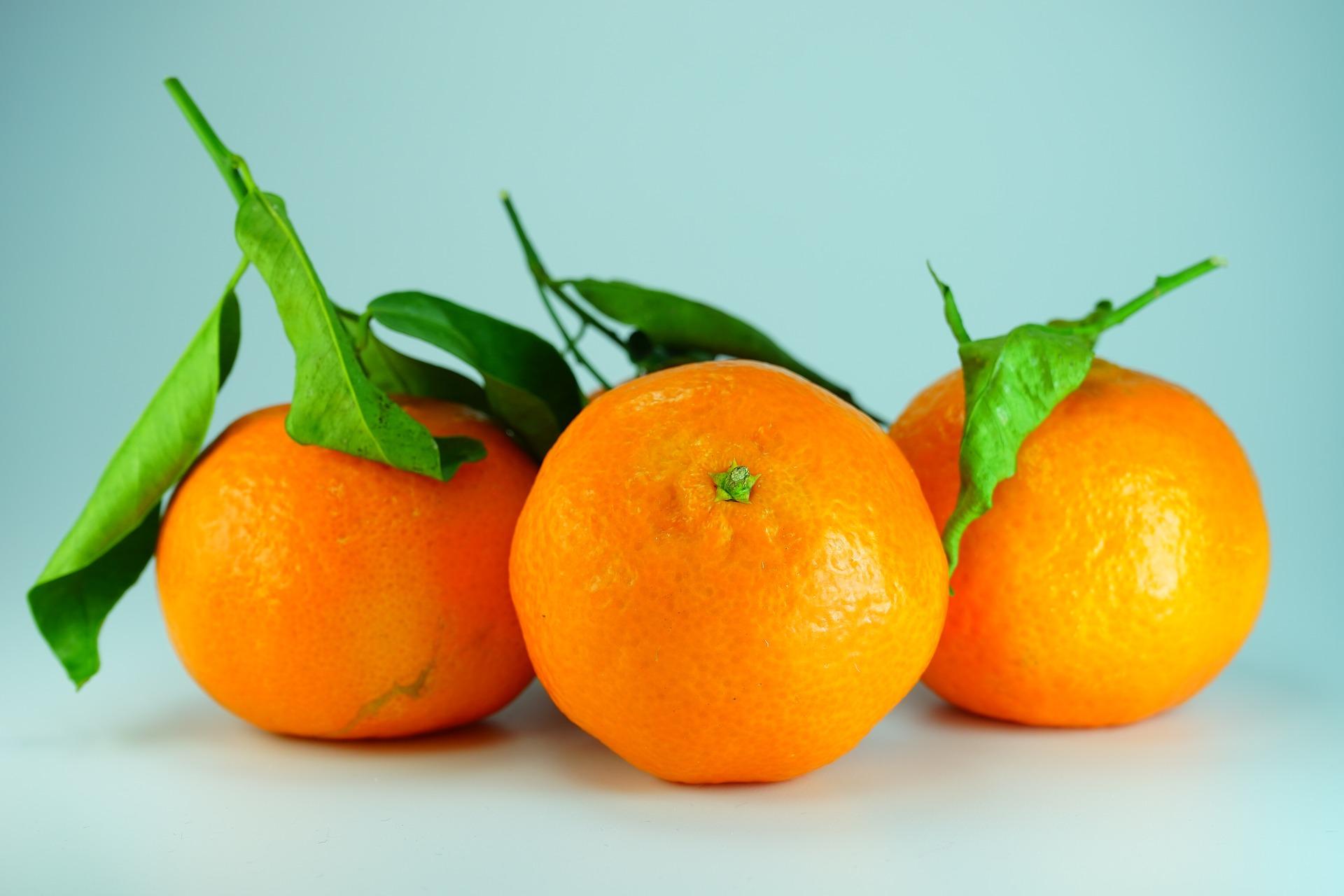 SiLaVidaTeDaNaranjas-come-mandarinas